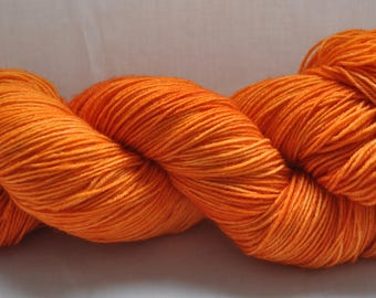 Pumpkin - BFL sock - 75/25 Superwash Bluefaced Leicester/Nylon - 100g of 4pl/sock yarn