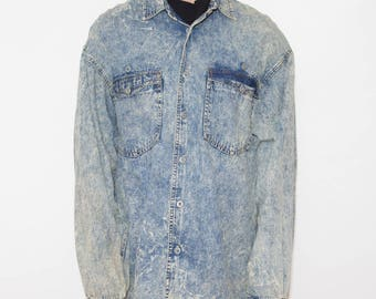 Acid Wash, Bleached, Vintage Chambray, Button Up, 90s Shirt, Denim Shirt, Chambray Shirt, Button Up Shirts, Hipster Shirt, 90s Vintage
