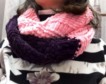 Soft and pleasant scarf-collar in purple and pink colors, for girls or women, hand knitted