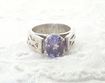 Amethyst Solitaire Sterling Silver Ring/Handmade/Free Shipping US/February Birthstone/Vintage Ring/Birthday/Christmas/Valentine Gift