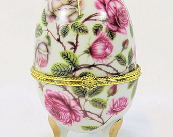 Vintage Porcelain Egg with beautiful Pink Flower Decor, with Gold details