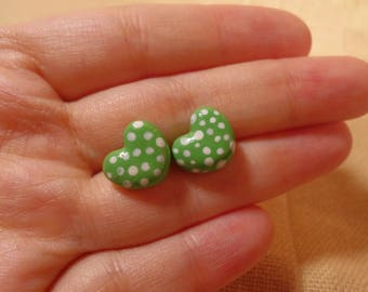 Tiny Heart Earrings, Small Hearts, Tiny Hearts, Cute Green Hearts, Polka Earrings, Polka dots, Clay hearts earrings, Tiny Green Earrings