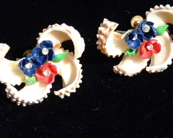 Vintage Seashell Earrings