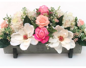 Floral Arrangement/Floral Table Centerpiece/Spring Table Decor/Spring Floral Decor/Spring Centerpiece/Floral Centerpiece/Rustic Spring Decor
