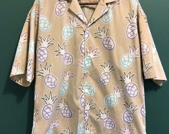 Vintage Pineapple Button Down Short Sleeve Shirt / Retro Daniel Hechter