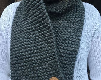 Chunky Knit Grey Scarf with Buttons