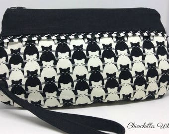 Black & White Cat Wristlet