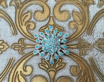 tiffany blue Brooch.tiffany blue Rhinestone Brooch.Aqua rhinestone brooch.aqua pin.broach.silver aqua brooch.turquoise.flower.snowflake