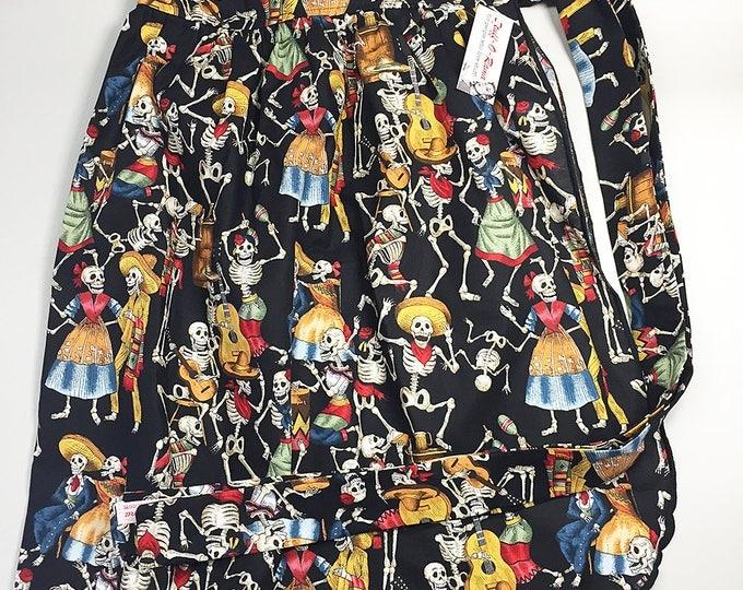 Skirt Apron - Vintage Pin Up Style - Calaveras dias de los muertos day of the dead halloween skeleton skull plus size