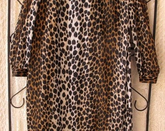 Vintage Retro Mod Animal Print Shift Dress Large Roamans Ruffle Hem Free US Shipping