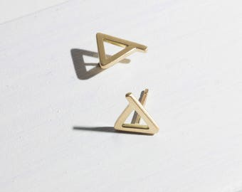 Amanda, 14k gold triangle studs, 14k gold triangle earrings, dainty 14k gold earrings, solid gold earring studs, minimalist gold earrings