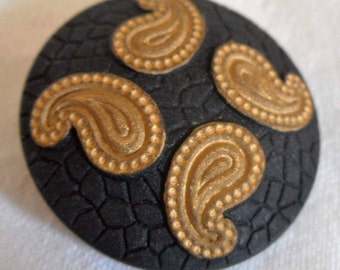 Tan Paisley on Texture Black Glass BUTTON