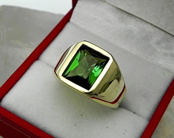AAAA Green Tourmaline 10x8mm  2.83 Carats   Heavy 14K Yellow gold Emerald cut Mans ring 15-16 grams 1770
