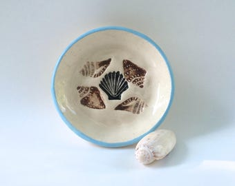 Seashell Dish, Serving Dish, Ring Dish, Handmade Ceramic Dish, Olive Oil Dish, Condiment Dish, Seashells Nautical Beach, Shell Serving Dish