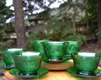 """Set of 6 Mid-Century Forest Green Sherbets with Underliner Plates, Anchor Hocking """"Sandwich"""" Pattern"""