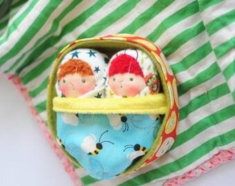 Little Twin Babies Playset