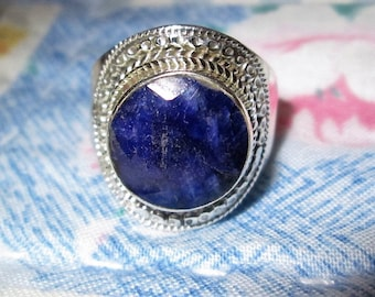 RING - SAPPHIRE - ORNATE - Sterling Silver - size 8 3/4 Blue 415