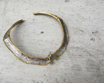 Vintage two-tone silver and gold metal collar necklace with knot design