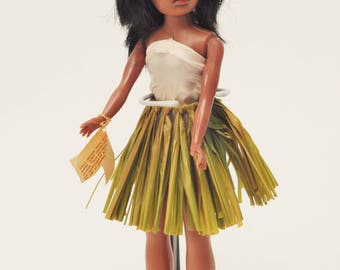 Vintage 11.5 Inch HULA Girl Doll w/ Stand-Lanakila Crafts Grass Skirt Cute Girl