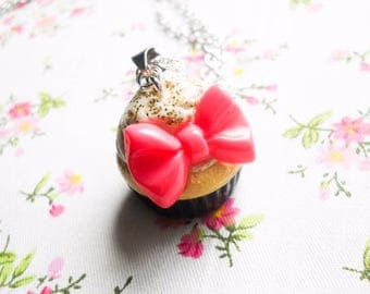Big Bow Cupcake Necklace / Charm Necklace / Food Necklace / Cute Necklace / Polymer Clay / Sweet lolita / Necklace