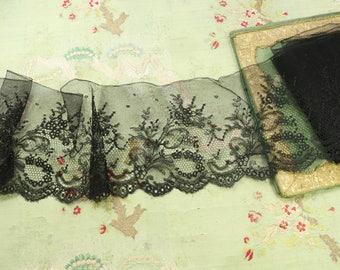 "1 yard antique silk lace 5.75"" wide black chantilly type intricate dainty flowers 1920s flapper lingerie alencon french trim dolls dress"