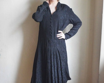 Downton abbey Black Handmade 1940s crepe Dress - classic flapper tailored midi dress floral ornamented rayon