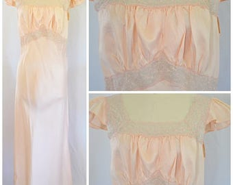 Vintage 1940s Bias Cut Peach Satin Long Nightgown With Embroidered Lace Trim and Ruched Bodice Sz M
