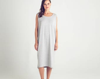 Loose fit summer dress, light gray oversize dress, summer dress, sleeveless dress, scoop neck top, straight cut, plus size, day dress, sale