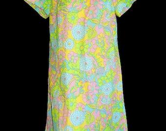 Adorable vintage 60's floral pastel green white blue pink psyche dress flower power mod Tiki hippie - M / L