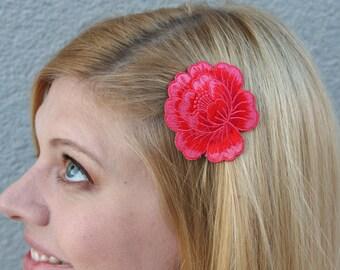 Pink Lotus Flower Embroidered Applique Hair Clip // Colorful Flower Hair Accessories // Festivalwear // Magenta Flower Barrette