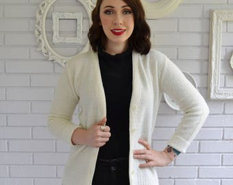 Vintage 1950s Cream Acrylic Cardigan with Plastic Buttons by Scotch English Size Small