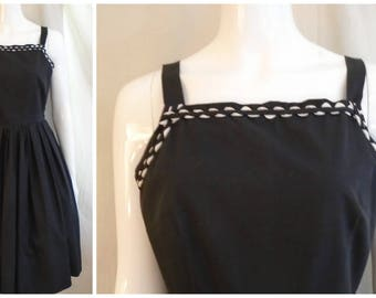 Vintage 1950s Sundress Black Cotton with White Trim Full Skirt Small 36 x 26 x Full