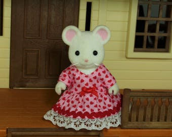 Calico Critters Dress, Calico Critters Accessories, Calico Critters Clothing, Calico Critters Clothes, Calico Critters Heart Print Dress