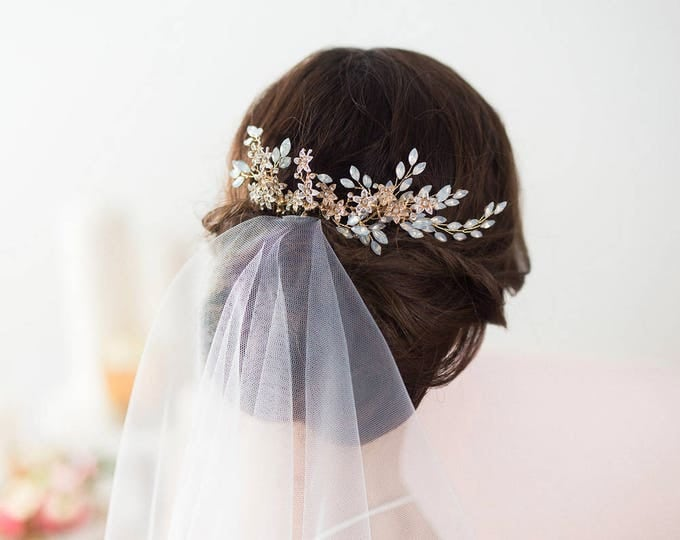 Bridal Hair Comb, Wedding Hair Comb, Gold Bridal Hairpiece, Wedding Hair Vine, Flower Hair Comb, Opal Bridal Headpiece, Wedding Hairpiece