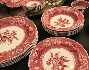 Spode 'Camilla Red' Dinnerware Set - Six (6pc) Place Settings - Made in England