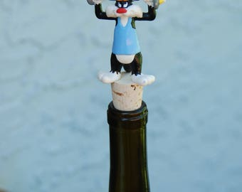 Sylvester and Tweety Bird Wine Bottle Stopper Weightlifting