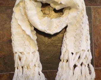 unique VINTAGE WINTER SCARF acrylic with fringe ivory 1960's 60's
