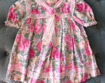 80's 90's VINTAGE BABY DRESS floral swing with lace 3 4