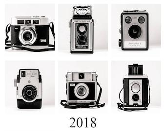 2018 Desk Calendar, Vintage Camera Calendar, Black and White, Office Art Decor, Gift for Him, Photographer Gift, Gift Idea, Camera Wall Art