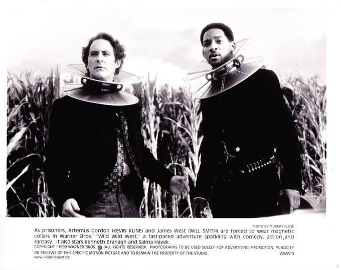 Vintage Kevin Kline, Will Smith In Wild WIld West 1999 Movie Promotional Photograph Black & White