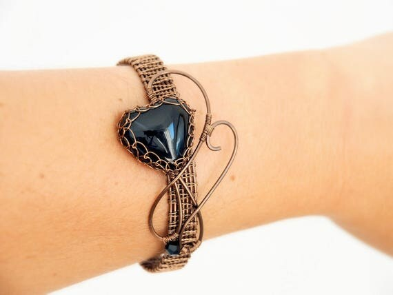 Black heart bracelet Wire wrapped bangle wrist cuff Gift for her/Mother Gemstone Everyday Handcrafted Love gift wire woven Gothic jewelry