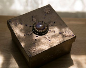 Bronze keepsake box - purple detail - metallic olive green interior