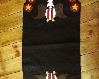 Americana runner penny rug bald eagle Fourth if July