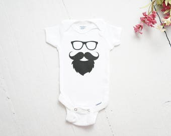 Beard and Glasses Baby ONESIE®, Baby Shower Gift, Baby Outfit, Baby Boy Onesie, Coming Home Outfit, Baby Gift, Funny Onesie, Nursery Decor