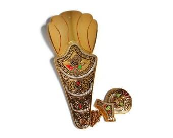 Vintage Shoe Horn Gold Decorative Damascene Bullfighter Toreador Lady Spain Collectible Souvenir, Shoehorn With Fob