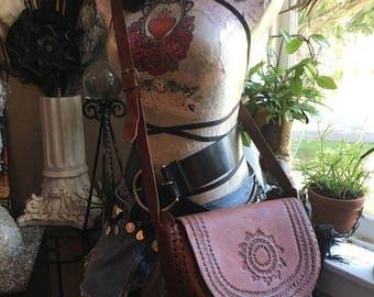 Vintage Hand Tooled Leather Handbag Crossbody purse