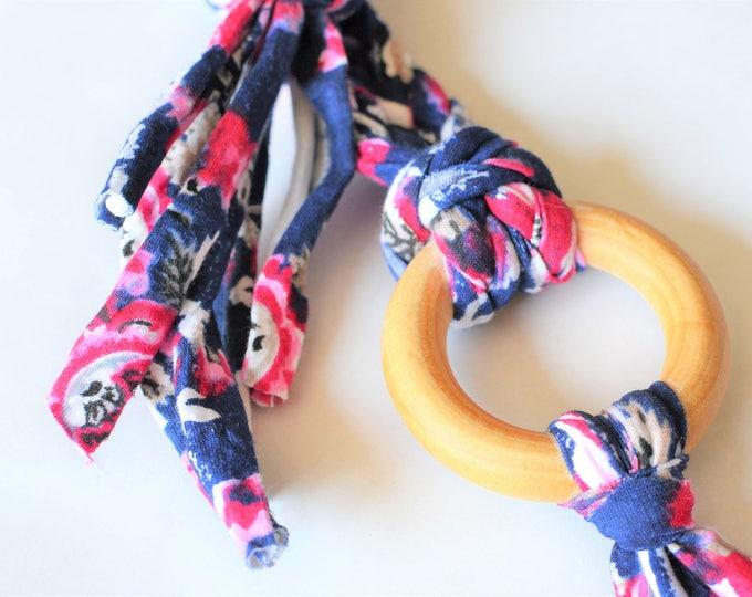 Floral Tug & Pull Teething Tassel Necklace | Macrame Teething Necklace | Floral Macrame Tassel Necklace