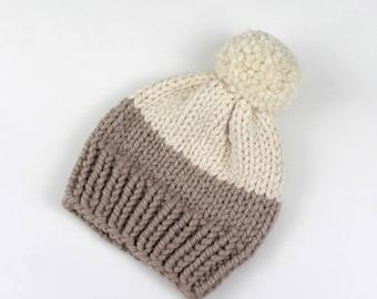 Chunky Knit Pom-Pom Hat Wool Two-Tone | THE BERLIN in Cream + Snow