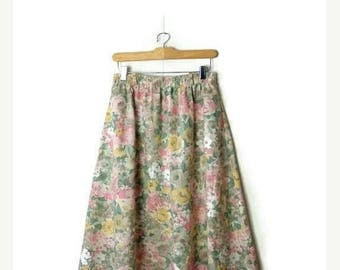 ON SALE Vintage Pale Pink/Green Floral Flare Skirt from 80's/W25-36*