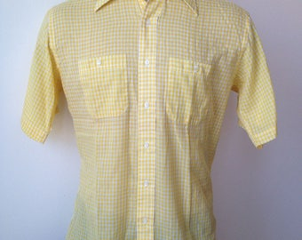 Vintage MENS 70s Spauldings yellow & white checkered short sleeve shirt, size L